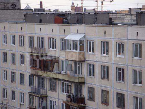 крыша над балконом из профнастила