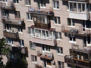 крыша над балконом из ондулина