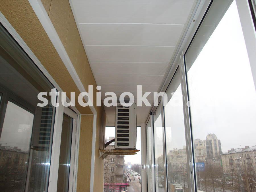 Отделка пластиковыми панелями балкона