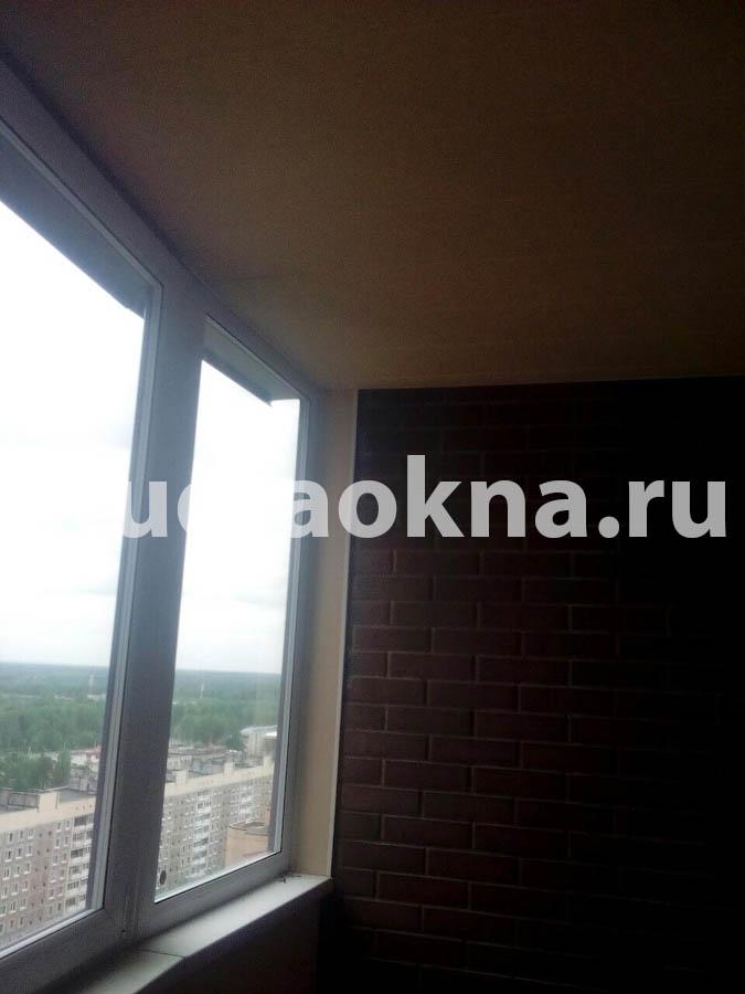 Обшивка потолка на балконе
