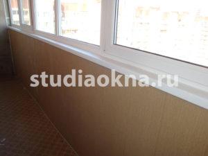 обшивка периметра пластиковыми панелями на балконе