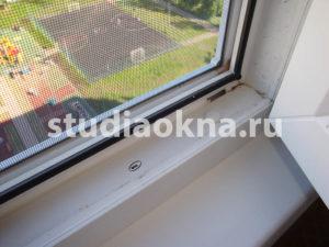 пыльник на окна пвх