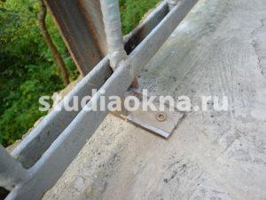 крепление каркаса на балконе