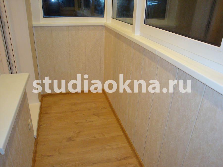 отделка пластиковыми панелями периметра балкона