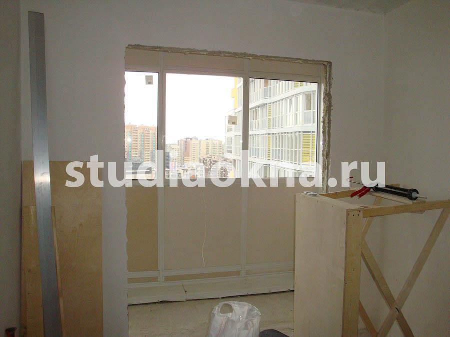 объединение с кухней балкона