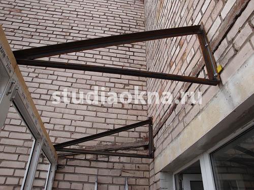 консоль для крыши над балконом