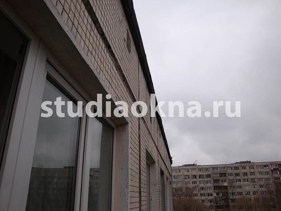 требуется устройство крыши над балконом